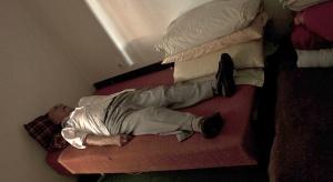 Chcesz zdrowo spać? Nie przegrzewaj sypialni i nie bój się wietrzenia