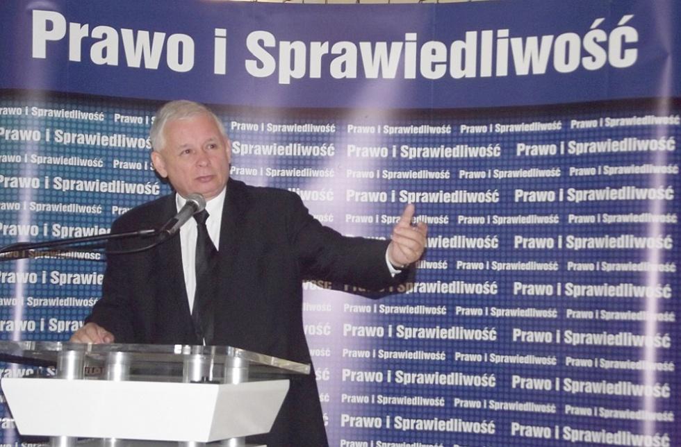"""Jarosław Kaczyński: obniżenie wieku emerytalnego ma """"pewien limit"""""""