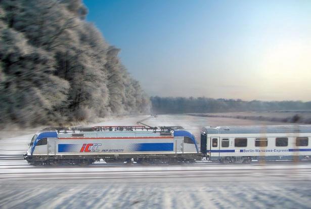 Podróż PKP Intercity tańsza dla osób 60+