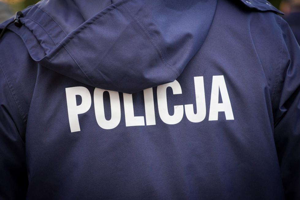 Zabrze: dzielnicowi ostrzegają przez metodami ''na wnuczka'' i ''na policjanta''