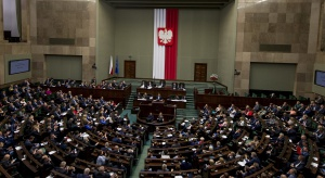 400 zł do końca życia i bez względu na dochód. Sejm zajmie się projektem pomocy dla opozycji w PRL