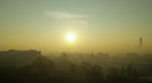 """Smog to """"zagrożenie bardziej teoretyczne""""? Zaskakujące słowa ministra zdrowia"""