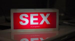 Raport: najmniej zadowoleni z seksu są Polacy po pięćdziesiątce