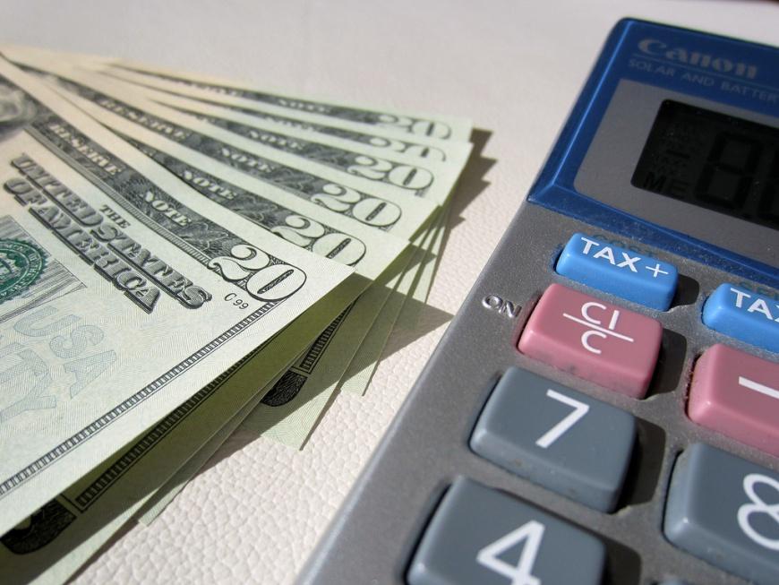 Dlaczego warto posiadać konto w banku?