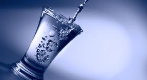 Alkohol postarza naczynia krwionośne. Bezpieczna ilość to...