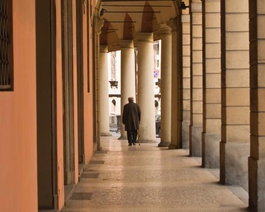 Resort finansów kontra pracodawcy: ważniejszy efektywny wiek emerytalny czy ustawowy?