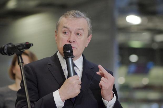 """Gliński o fundacjach i stowarzyszeniach: mamy do czynienia z """"oligarchizacją"""", panuje """"grantoza"""""""