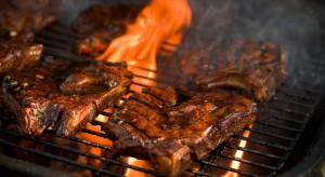 Szczęście w nieszczęściu - mięso grillowane w ciemnym piwie jest mniej rakotwórcze