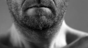 Astma rzadziej atakuje mężczyzn z wysokim poziomem testosteronu