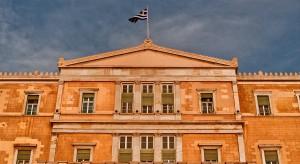Grecja tnie emerytury i podnosi podatki