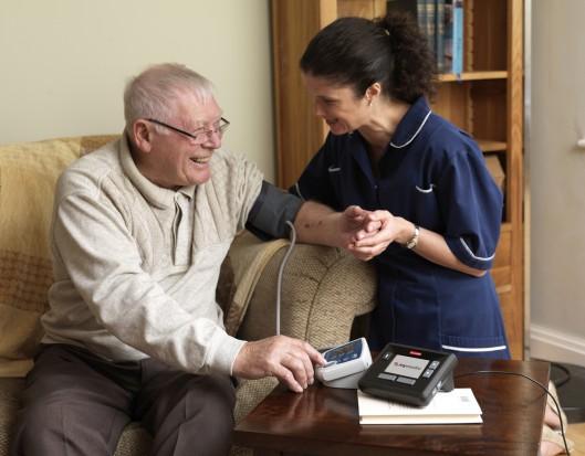 Wahania ciśnienia krwi sprzyjają demencji