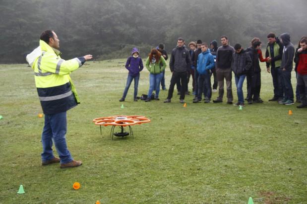 W Szwecji przetestują drony z defibrylatorem. Mają być szybsze niż ambulans