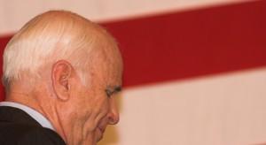 80-letni senator McCain o walce z rakiem mózgu: rokowania są bardzo złe
