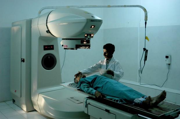 Sto tysięcy Polaków umiera rocznie z powodu nowotworów