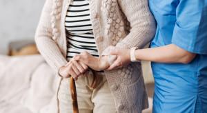 Czy brak apetytu u osób starszych może powodować niedożywienie?
